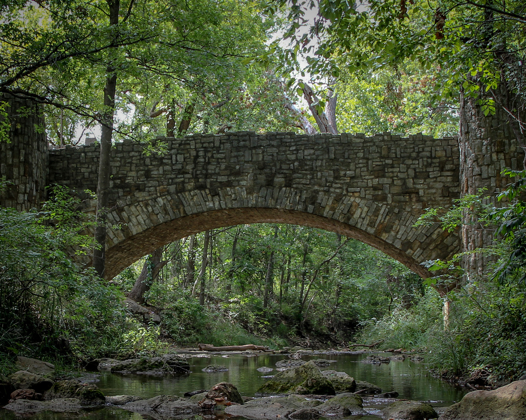 Lincoln Bridge - Chickasaw Park